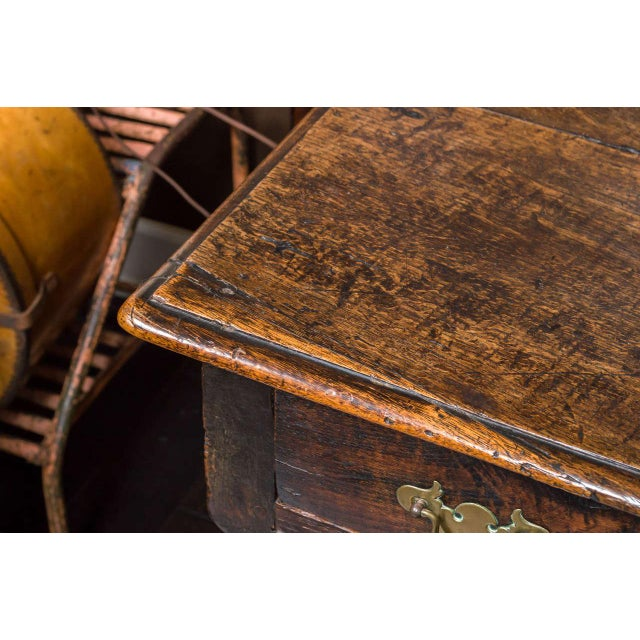 Brown 1780s English Single Drawer and Bobbin Turned Legs Oak Side Table For Sale - Image 8 of 9