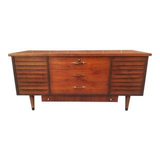 1960s Mid Century Modern Lane Cedar Sweetheart Chest For Sale