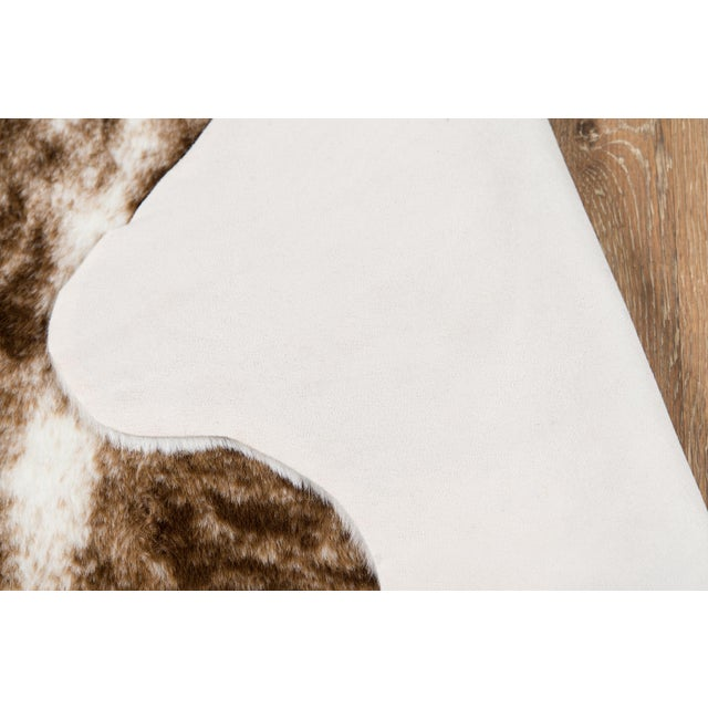 """2010s Erin Gates by Momeni Acadia Brindle Brown Faux Hide Area Rug - 5'3"""" X 7'10"""" For Sale - Image 5 of 7"""