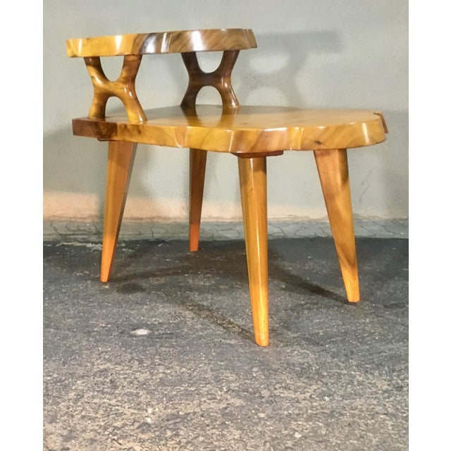 1960s Organic Modern Solid Slab Koa Wood 2-Tiered End Table For Sale In San Francisco - Image 6 of 12
