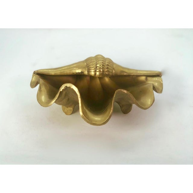 Gold 1960s Hollywood Regency Brass Shell Jewelry Dish For Sale - Image 8 of 9