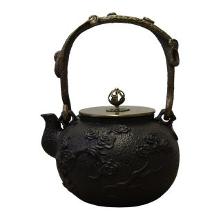 Handmade Quality Asian Heavy Cast Iron Teapot Display
