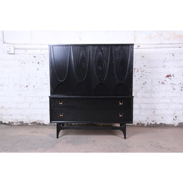 Broyhill Brasilia Mid-Century Modern Ebonized Gentleman's Chest, 1966 For Sale - Image 13 of 13