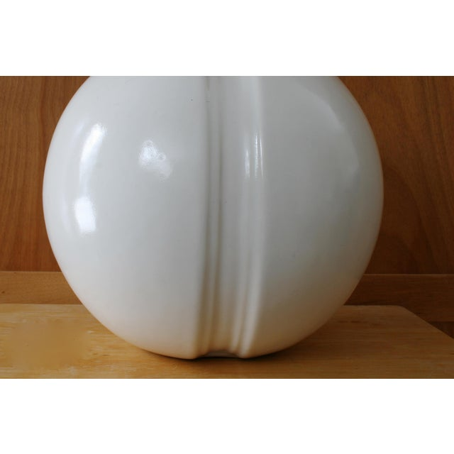Mid 20th Century Modern White Round Vase For Sale - Image 5 of 6