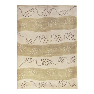 """Contemporary Hand Woven Rug - 5'7"""" X 7'9"""" For Sale"""