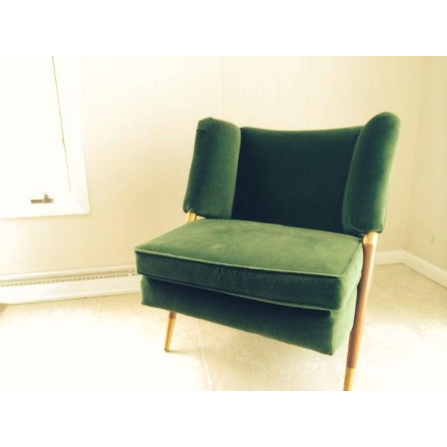 Mid-Century Modern Mid-Century Emerald Green Velvet Chair For Sale - Image 3 of 7