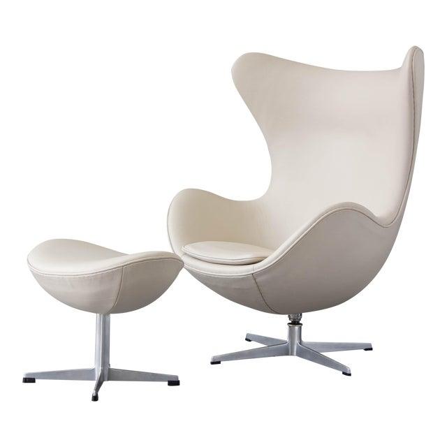 Arne Jacobsen Egg Chair & Ottoman - Image 1 of 11