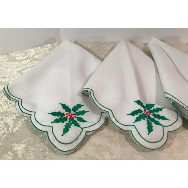Vintage Holiday Poinsettia Napkins - Set of 4 For Sale - Image 4 of 7