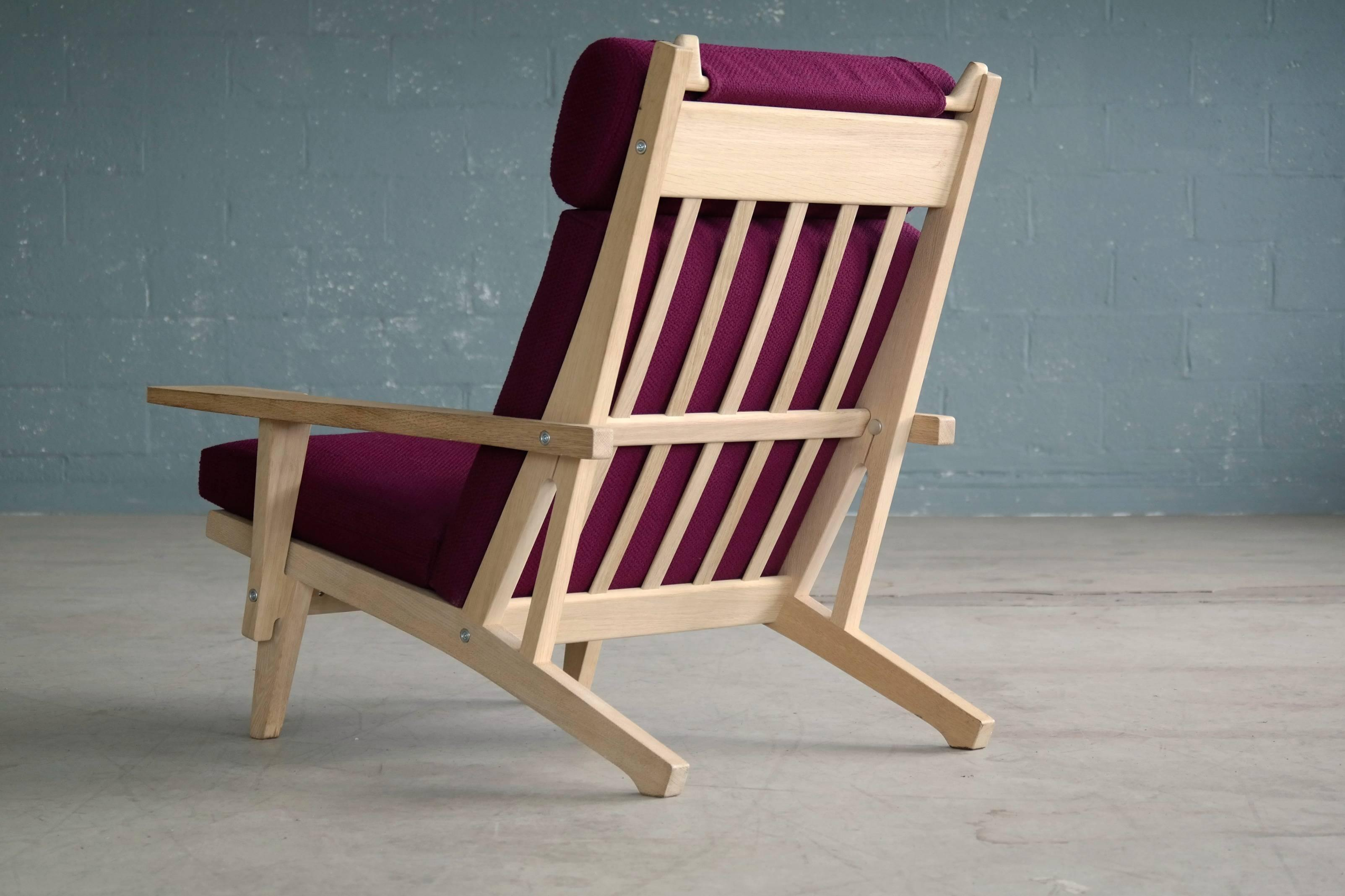Oak Hans Wegner High Back Easy Chair In Oak Model GE375 For GETAMA For Sale