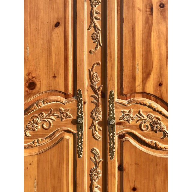 1990s Ethan Allen Legacy Carved Country French Armoire For Sale - Image 5 of 11
