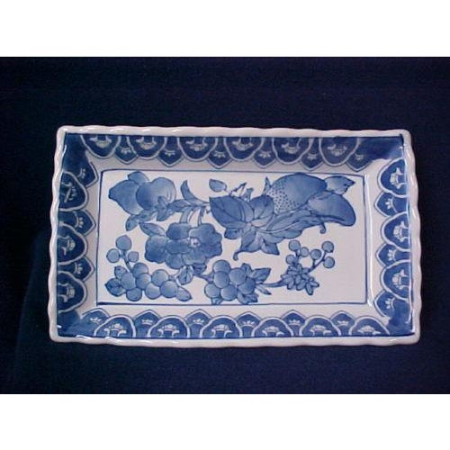 Chinese Rectangular Serving Tray For Sale - Image 5 of 5