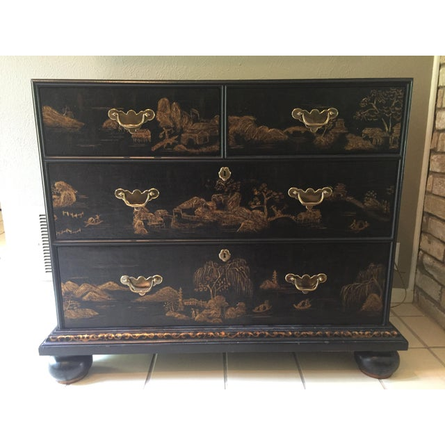 This is a vintage William & Mary styled classic chinoiserie chest of drawers. Superb quality by Baker Furniture...