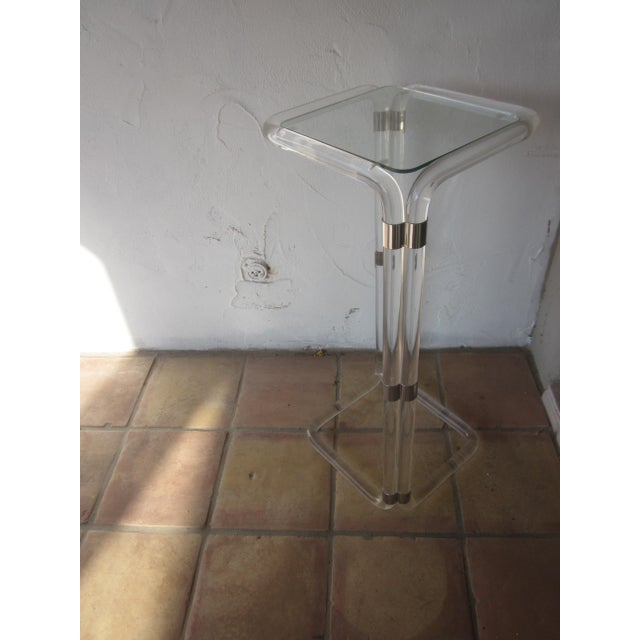 Thick Banded Lucite Pedestal Stand Table - Image 6 of 11