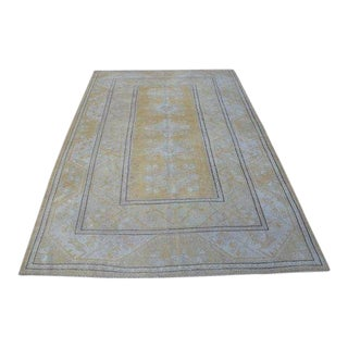 1960s Vintage Hand-Knotted Turkish Rug - 5′3″ × 7′4″ For Sale