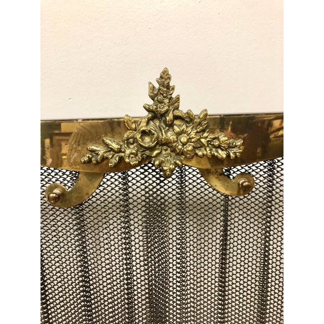 French Louis XVI Ornate Vintage Brass & Sliding Iron Mesh Fireplace Screen For Sale - Image 4 of 9