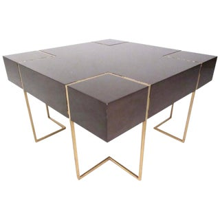 Mid-Century Modern Decorator Coffee Table For Sale