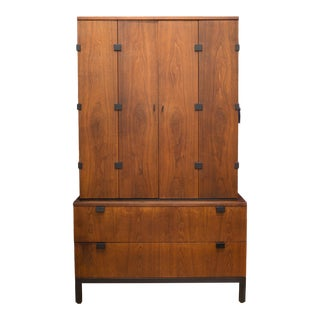 Milo Baughman for Directional Gentleman's Chest C.1960 For Sale