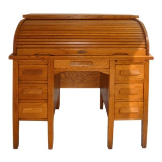 1930s American Classical Golden Oak Rolltop Desk For Sale