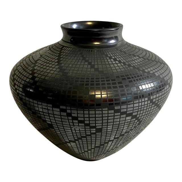 1950s Carolina Marin Gonzalez Black on Black Studio Pottery Vase For Sale
