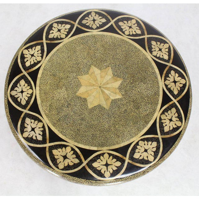 Gold Round Faux Egg Shell Decorated Bronze Ormolu Decorated Round Gueridon Table For Sale - Image 8 of 9