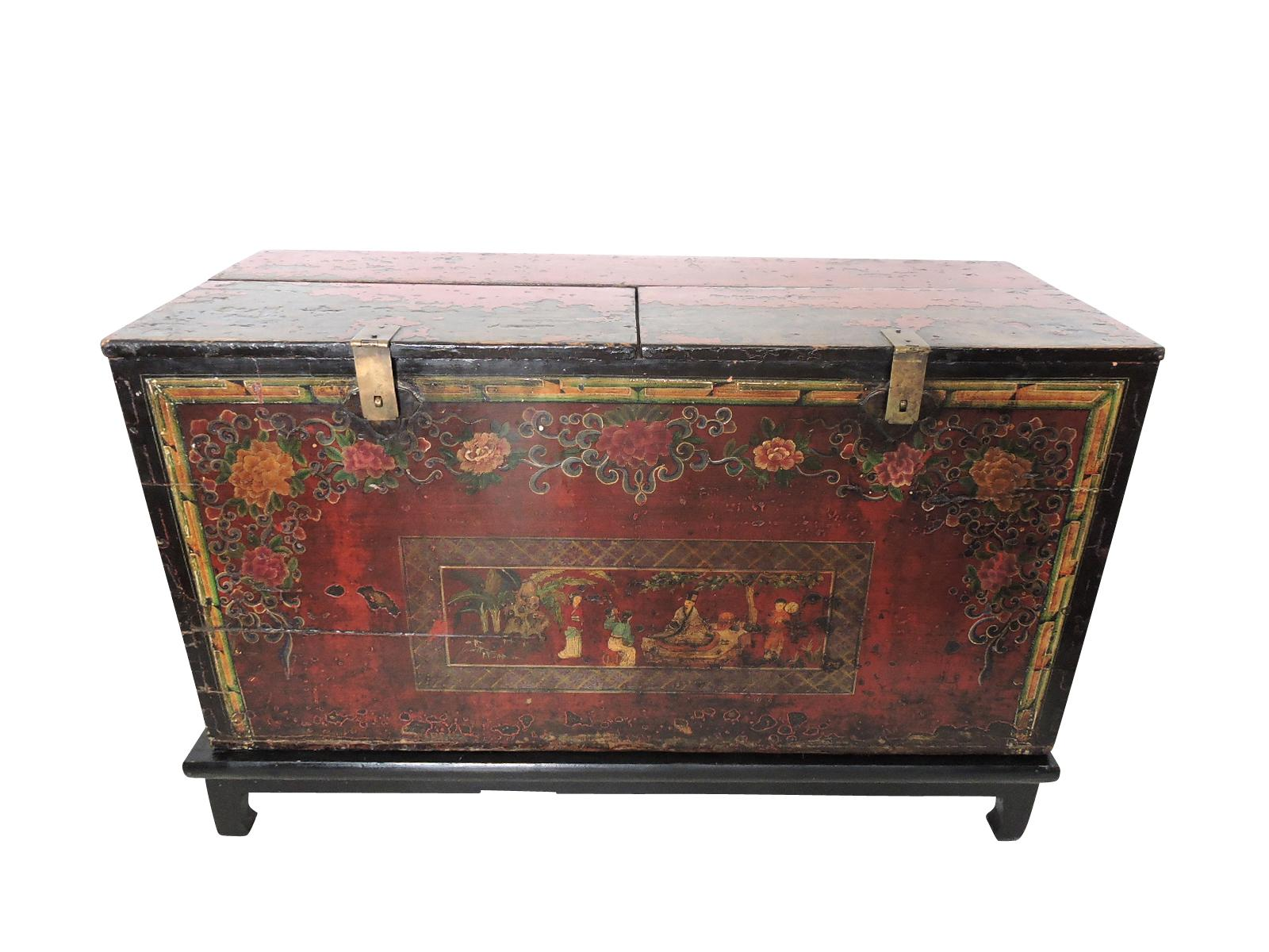 Historical Antique Chinese Storage Chest/Trunk   Image 2 Of 9