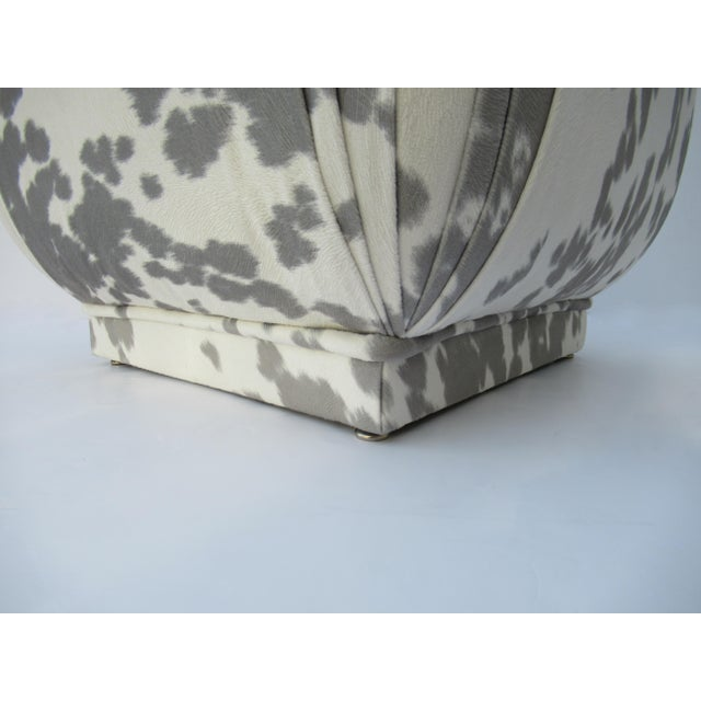 Vintage C.1970s Karl Springer Souffle' Pouf Ottoman in a Nova Suede Pony Hide Spotted Textile For Sale - Image 11 of 13