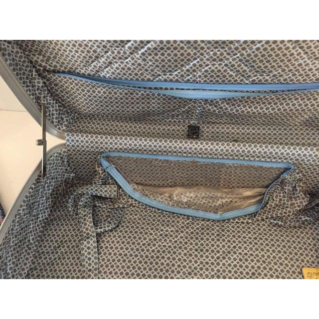 American Vintage Luggage Blue Tweed Med Suitcase 25 X18 X 7.5 For Sale - Image 3 of 7