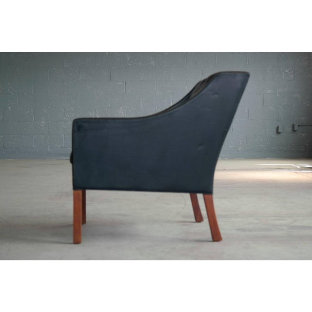 Animal Skin Borge Mogensen Model 2207 Lounge Chair in Black Leather and Teak for Fredericia For Sale - Image 7 of 9