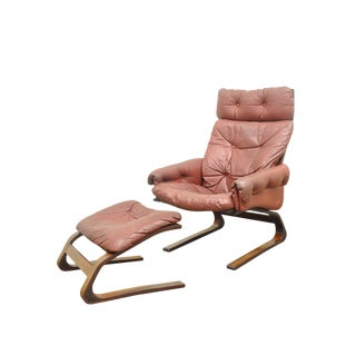 "Rybo Rykken Mid-Century Modern Rosewood Leather ""Kengu"" Lounge Chair and Ottoman For Sale"
