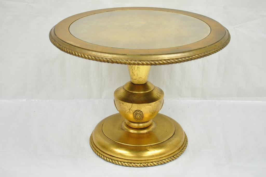 Vintage Hollywood Regency French Style Gold Gilt Wood Urn Side Accent End  Table   Image 2