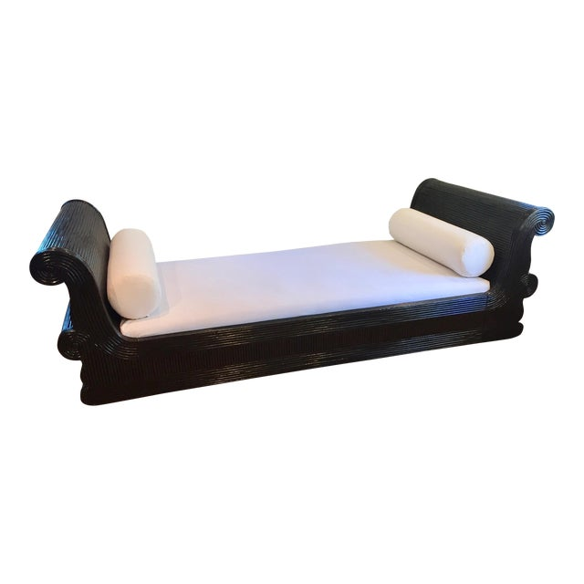 Exotic Asian Split Dark Dyed Reed Rattan Daybed For Sale