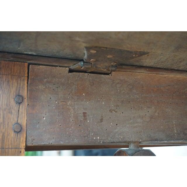 18th Century English Oak Drop Leaf Gateleg Table For Sale - Image 9 of 13