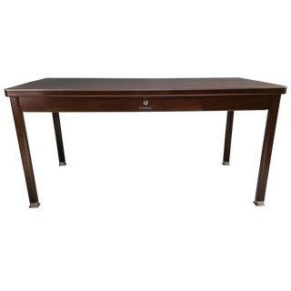 Classic Modernist Shaw Walker Steel Desk Writing Table For Sale