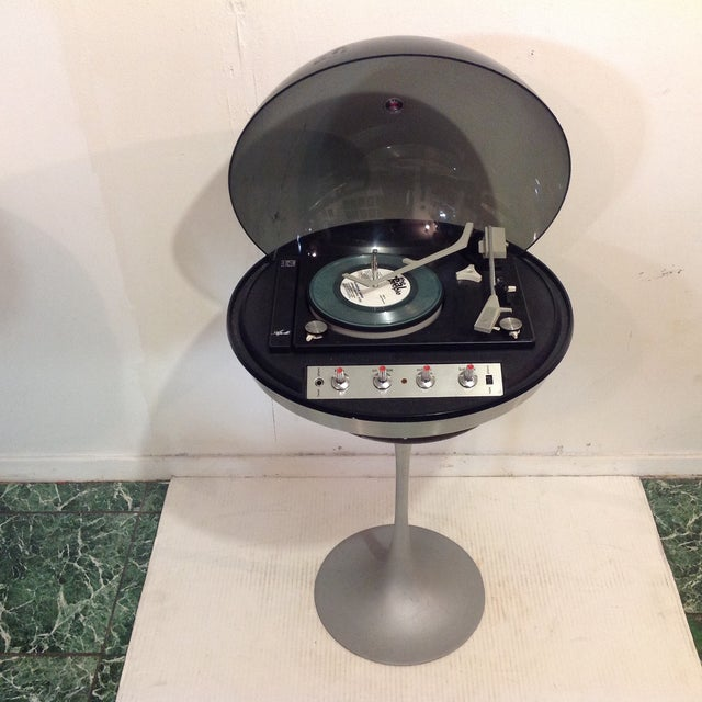 Silver Vintage Electrohome Apollo Record Player For Sale - Image 8 of 8