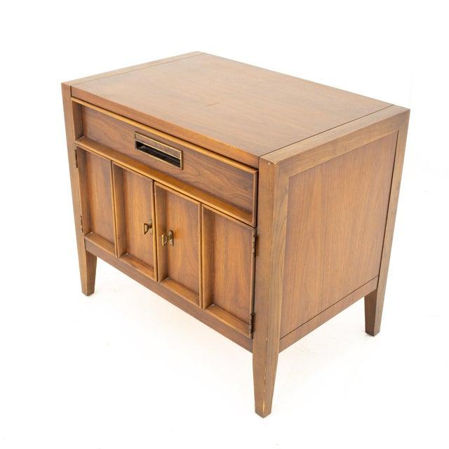 Mid-Century Modern Drexel Mid Century Walnut Nightstand For Sale - Image 3 of 13