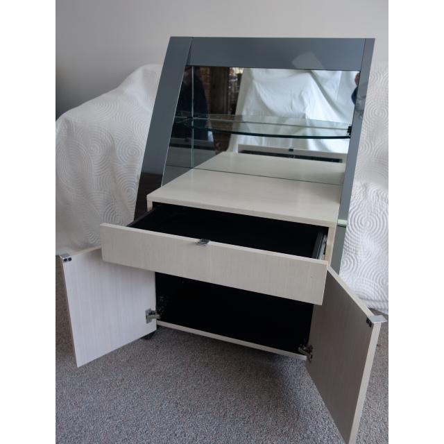 Unique Vintage Ello Floating Bed Platform and Bedside Tables - 3 Piece Set - Image 7 of 10