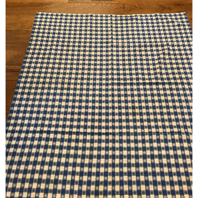 Mid-Century Blue White Flower Design Tablecloth For Sale - Image 5 of 8