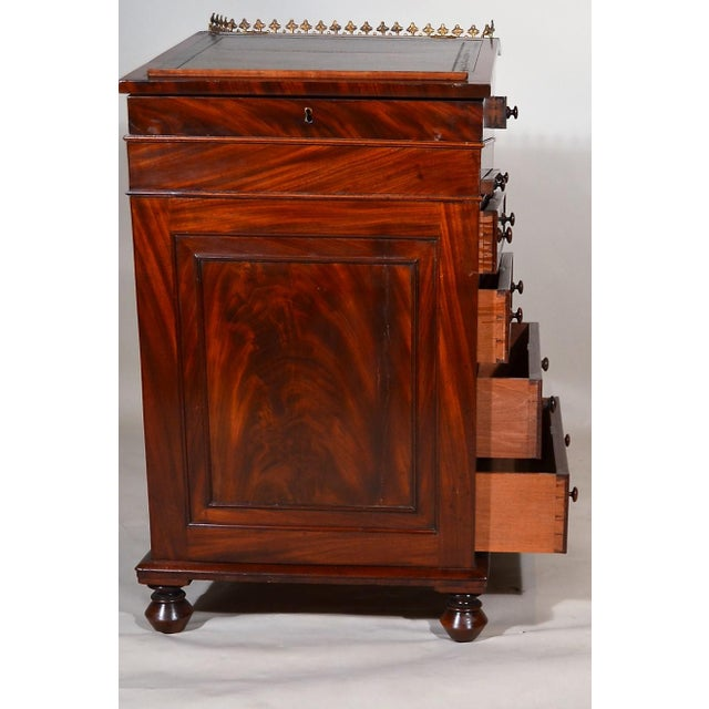 Antique English Mahogany Davenport For Sale In New Orleans - Image 6 of 7