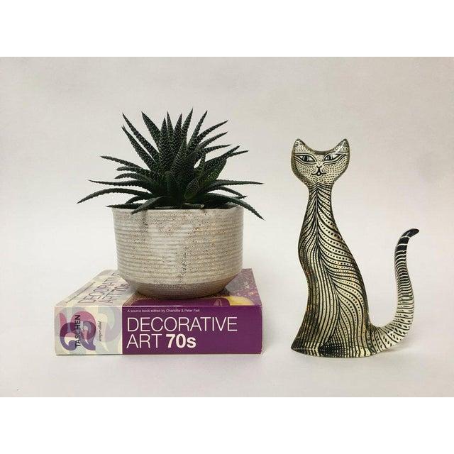 Figurative 1970s Figurative Abraham Palatnik Op Art Lucite Cat Figure For Sale - Image 3 of 10