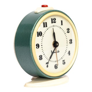 1960s VIntage Soviet Green Alarm Clock For Sale