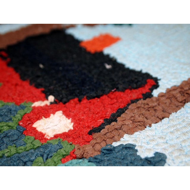 American Classical 1960s Vintage American Hooked Rug- 1′6″ × 3′ For Sale - Image 3 of 10