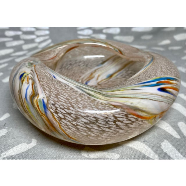 Glass 1960s Vintage Art Glass Rainbow Pink & White Catchall Decorative Bowl For Sale - Image 7 of 7