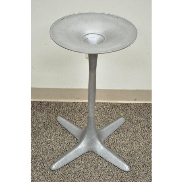 1970s Burke Mid-Century Modern Aluminum Tulip Propeller Dining Table Base For Sale - Image 5 of 12