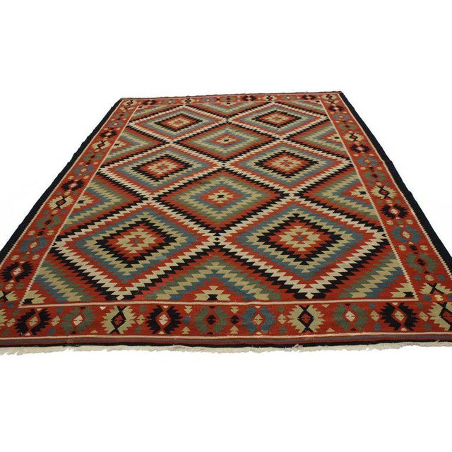 76713, vintage Turkish Kilim rug with Southwest style, flat-weave. Get the desert look with this hand-woven wool vintage...