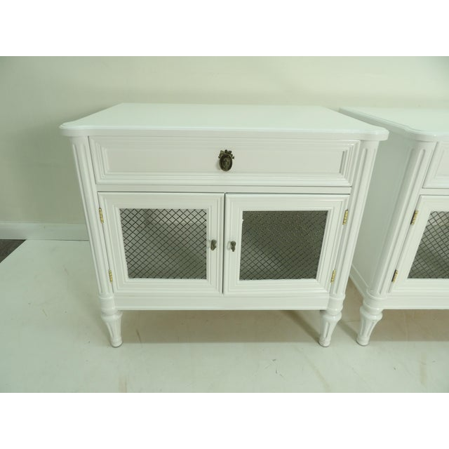Henredon Henredon French Regency Style White Finished Nightstands - a Pair For Sale - Image 4 of 7