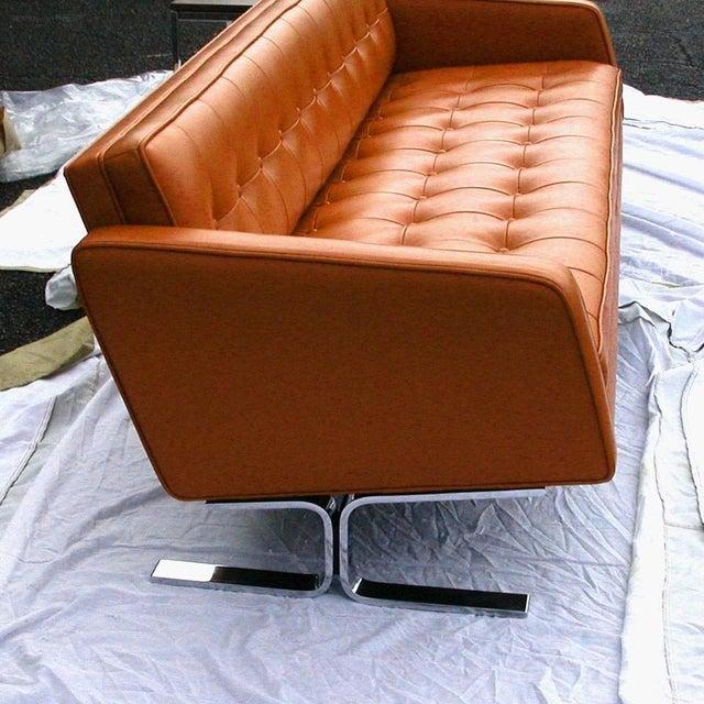 Widdicomb Vintage Mid-Century Widdicomb Mueller Jack Cross Leather Chrome Sofa For Sale - Image 4 of 6