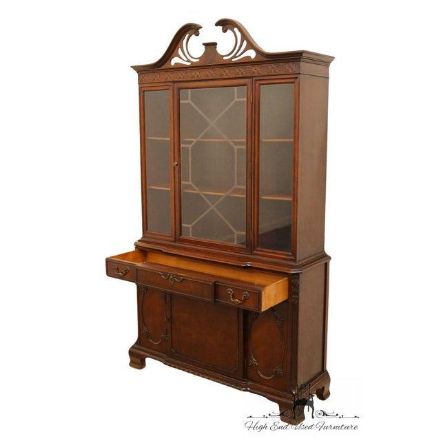 20th Century Traditional Bernhardt Furniture Duncan Phyfe Mahogany China Cabinet For Sale In Kansas City - Image 6 of 11