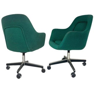 Mid-Century Modern Knoll Max Pearson Executive Swivel Desk Chairs on Casters For Sale