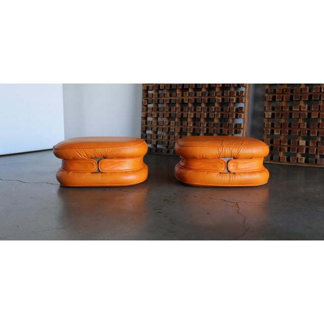 Modern I4 Mariani Leather Ottomans, 1975 - a Pair For Sale - Image 3 of 7