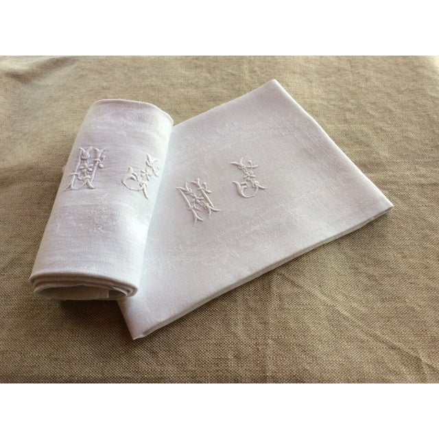 Early 20th Century Antique French Linen Napkins - A Pair For Sale - Image 4 of 8